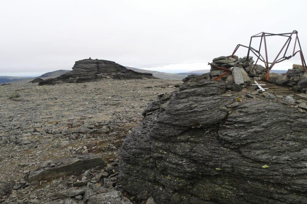 Необъяснимые явления стали происходить после подрыва горы военными на Кольском полуострове в 1972. Что потревожили военные?