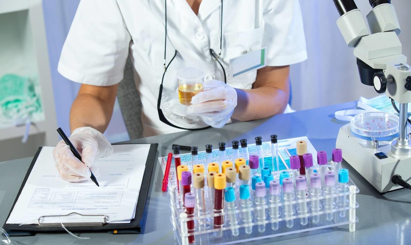 Не тратьте на это деньги: Врач-терапевт назвала 8 ненужных медицинских анализов