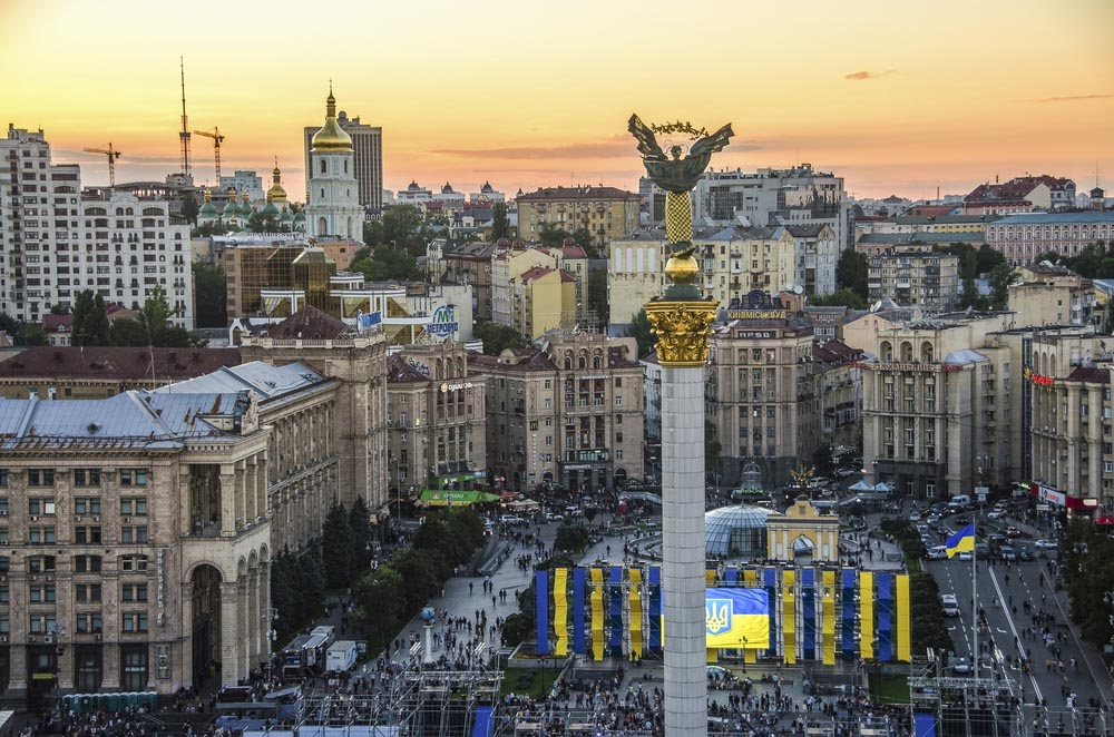 Кто обстреливает пригороды Киева?