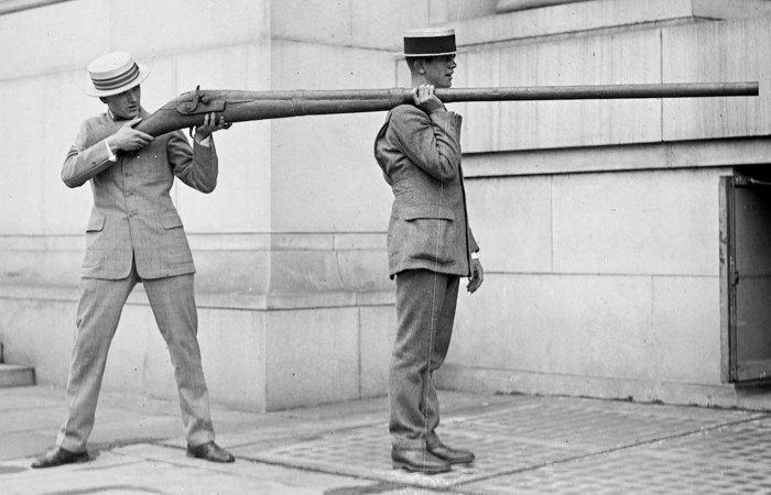 Как страстные охотники из водопроводной трубы делали настоящие ружья, которыми можно было подстрелить 50 уток сразу