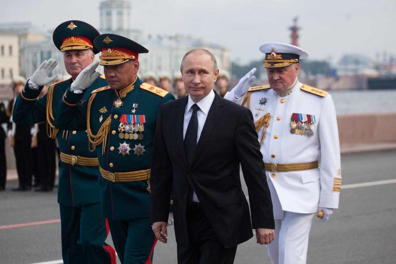 Путин готовится к внутренней войне