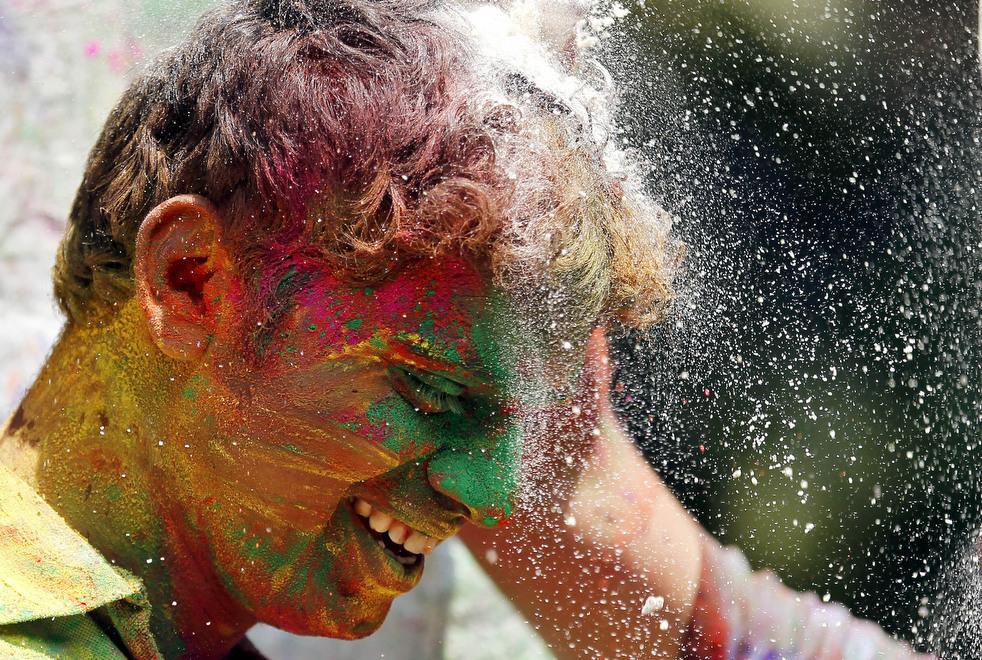 Холи – праздник весны в индуистской традиции
