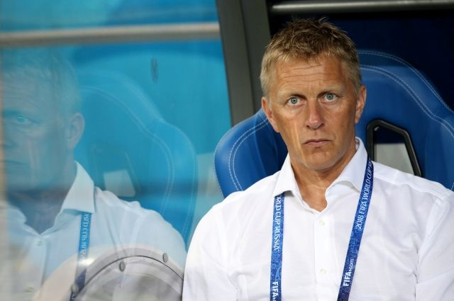Хадльгримссон покинул пост главного тренера сборной Исландии по футболу