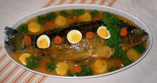 Фаршированная рыба по-еврейски! При помощи хитрого трюка блюдо получится превосходным