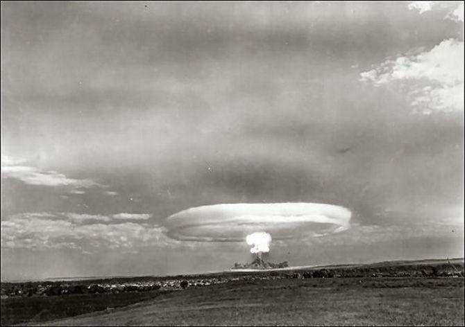 Тоцкий атомный взрыв - трагедия или неизбежность?