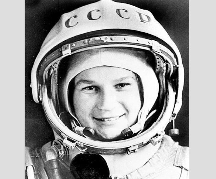 Полёту первой женщины-космон…