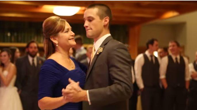 Мама и сын устроили на свадьбе невероятное шоу
