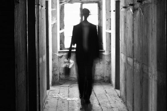 Ты как тень замерла на пороге... Алексей  Будищев