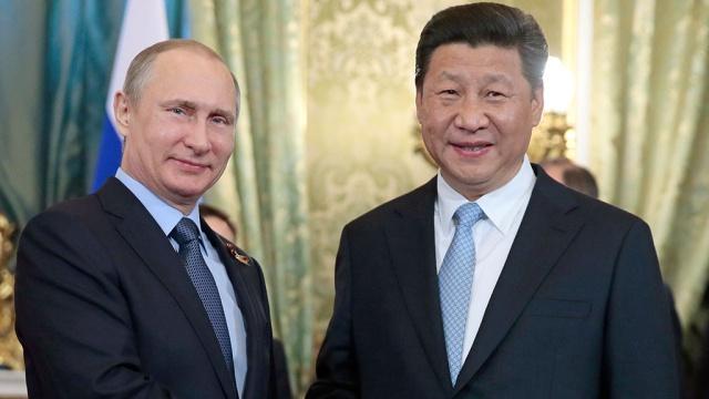 Западные санкции просто силой толкают Россию к Китаю