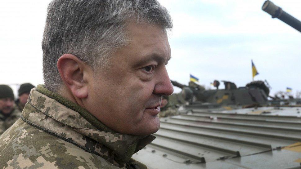 Экс-глава МИД Украины обвинил Порошенко в обострении отношений с РФ ради пиара