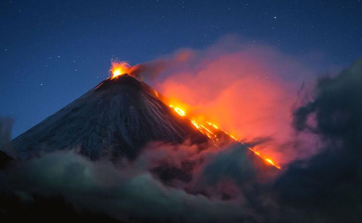 Красота вулканов на полуострове Камчатка