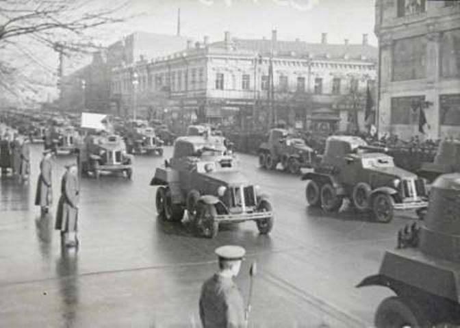 Неожиданная война гитлеровской Германии с СССР. Часть 21. КОВО