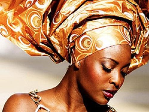 Традиционные африканские головные уборы покоряют мировые подиумы
