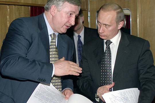 «Ельцин считал своим преемником не Путина, а Аксененко. Но его отговорил Чубайс»