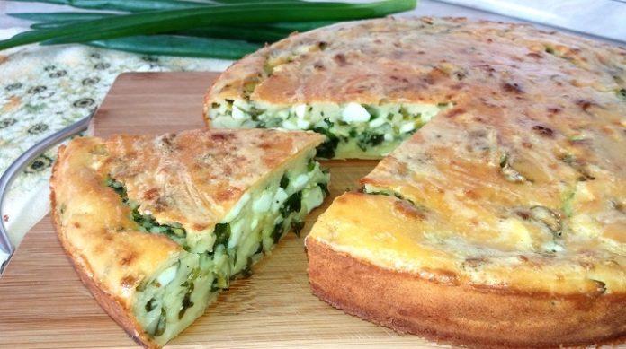 Изумительный пирог на кефире с зеленым луком и яйцом, как у бабушки