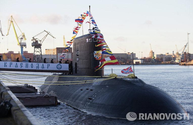 Российская подлодка вошла в Средиземное море