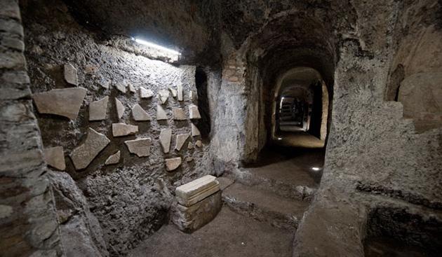 Катакомбы Рима. Самые большие подземелья мира, выкопанные человеком катакомбы
