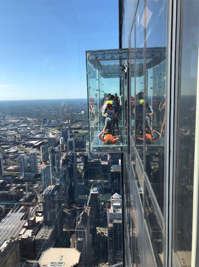 Чикагская башня Уиллис Скайдек — туристический маршрут не для слабонервных