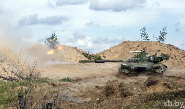 Танки Т-80БВ в Кантемировской танковой дивизии