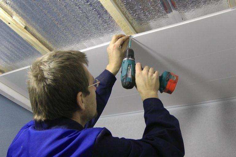 Как отделать балкон пластико…
