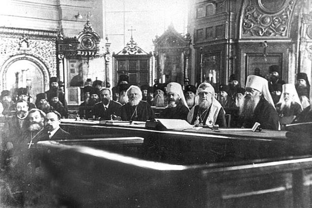 Как Церковь свергла царскую власть: историк, открывший правду, боится удара топором