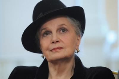 В Киеве запретили читать мемуары Элины Быстрицкой – угрожают нацбезопасности и мозгам под «кастрюлями»