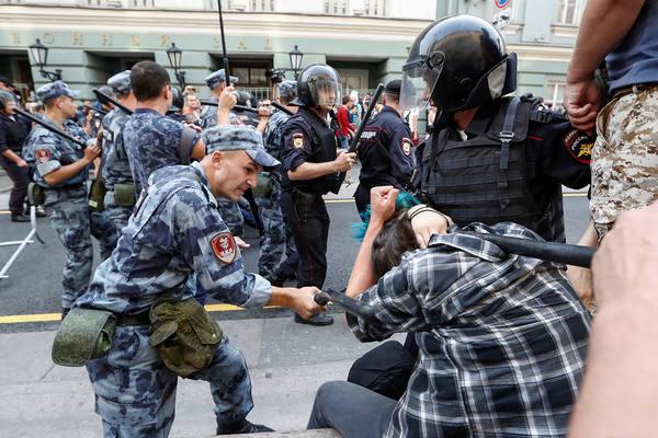 В Москве задержали участников бессрочного протеста