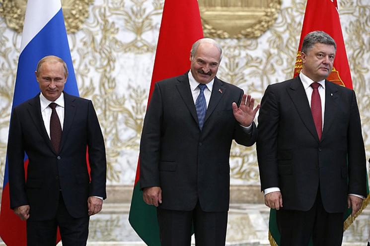 Большая игра Лукашенко: Путин в Могилеве, Порошенко в Гомеле, «натовцы» в Париже