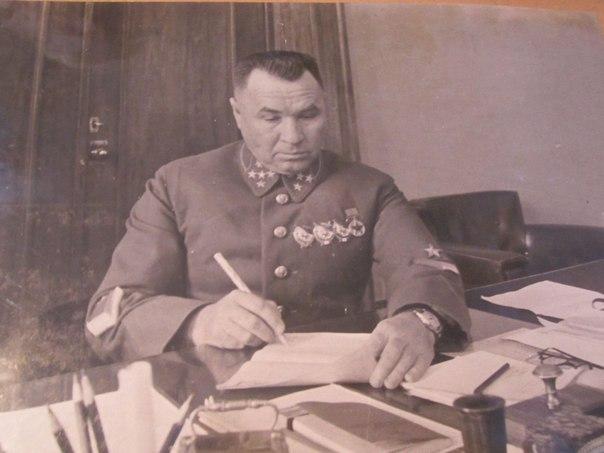 Как генерал Апанасенко прилю…