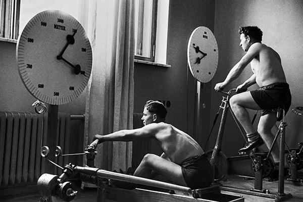 Упражнения с бревном.  Как Ленин заставил Советский Союз заниматься спортом