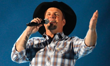 Garth Brooks launches GhostTunes, his own digital music store