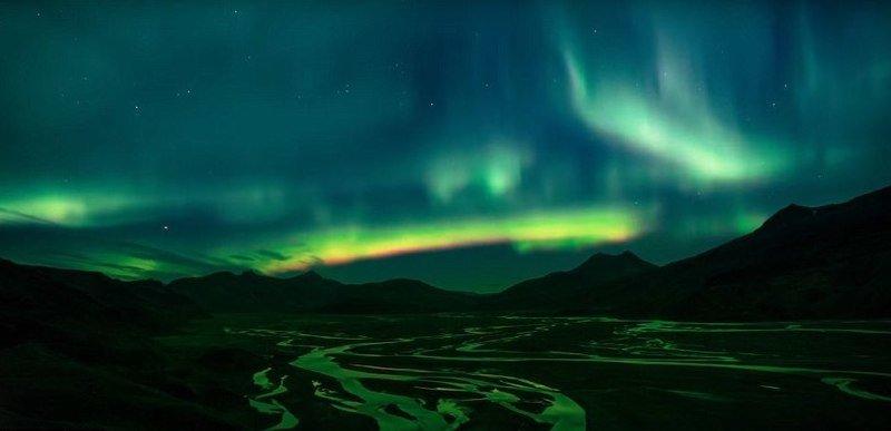 Северное сияние над туманом дрон, исландия, кадр, красота, мир, природа, съемка