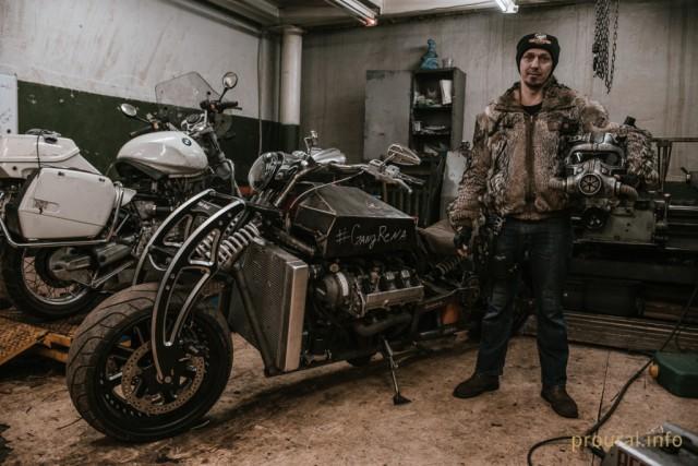 Двигатель V8 от автомобиля Lexus и автоматическая коробка передач, уфимец построил сумасшедший мотоцикл