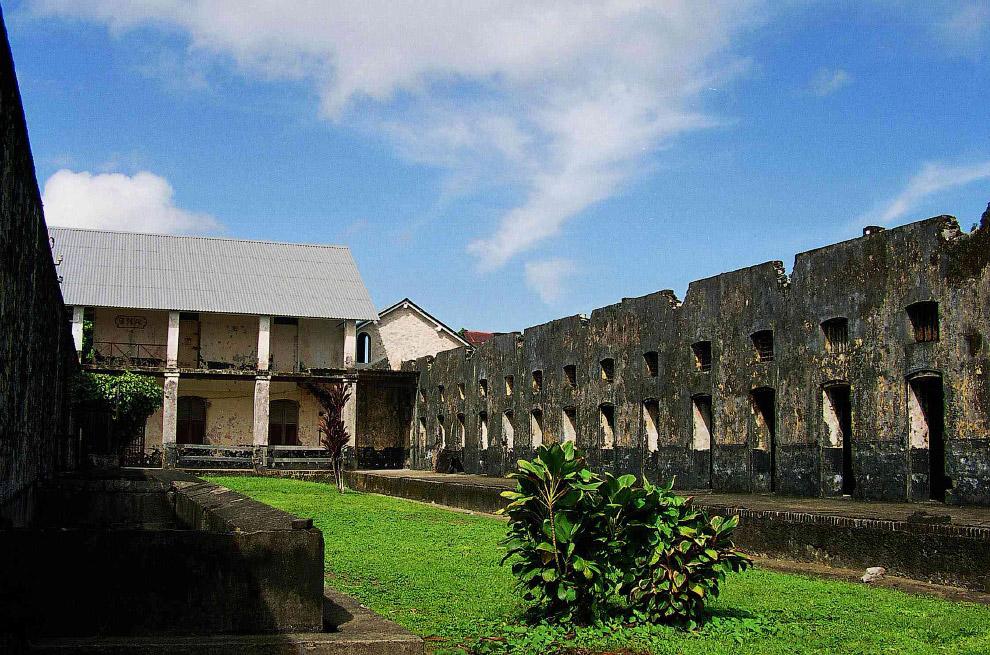 Знаменитые тюрьмы-острова