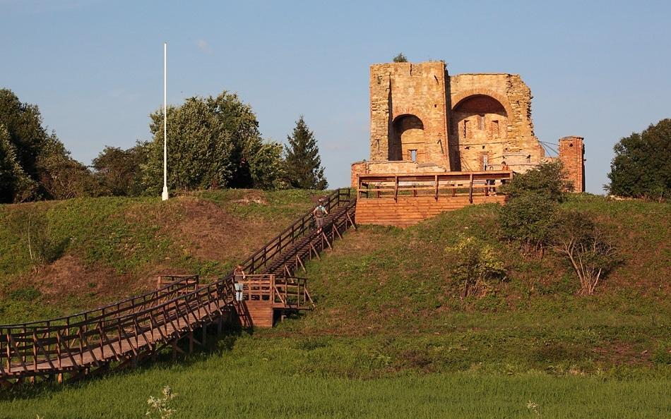 В Новгороде археологи нашли считавшиеся утраченными фрески XII века