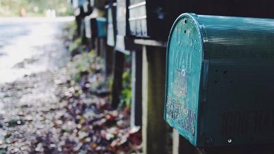 «Почта России» раскрыла группу сотрудников-похитителей посылок