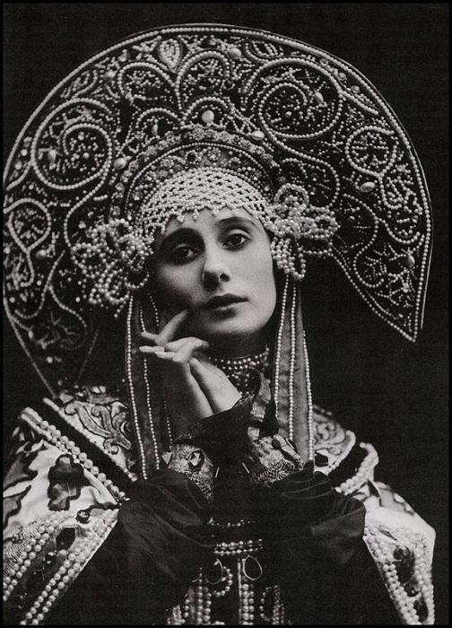 Анна Павлова в кокошнике