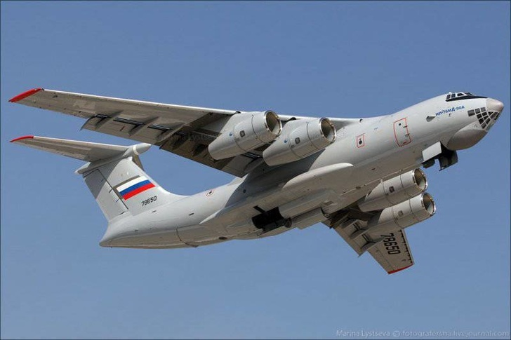 Десятый серийный Ил-76МД-90А выполнил первый полет
