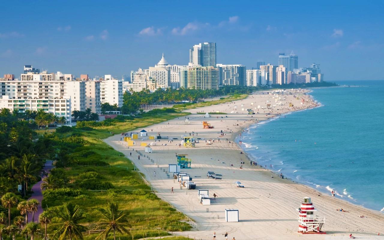 Москва отзывает из Майами депутатов Госдумы