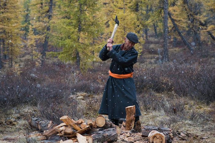 Монголы невысоки ростом, но отличаются большой физической силой и выносливостью.