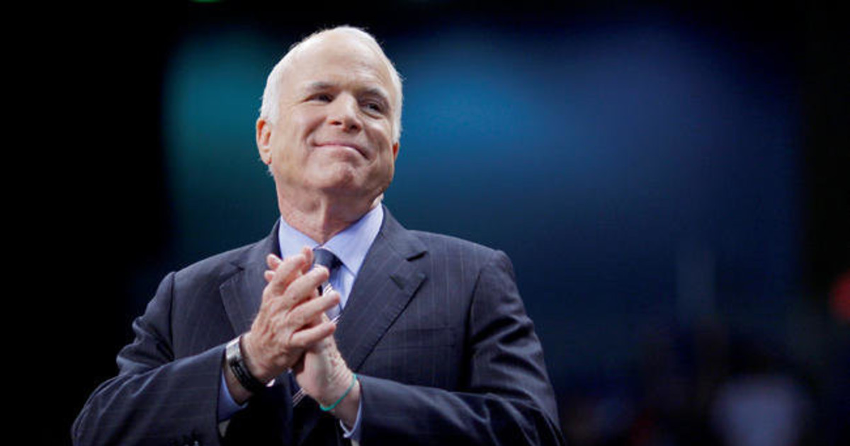 Американский сенатор Джон Маккейн умер в возрасте 81 года