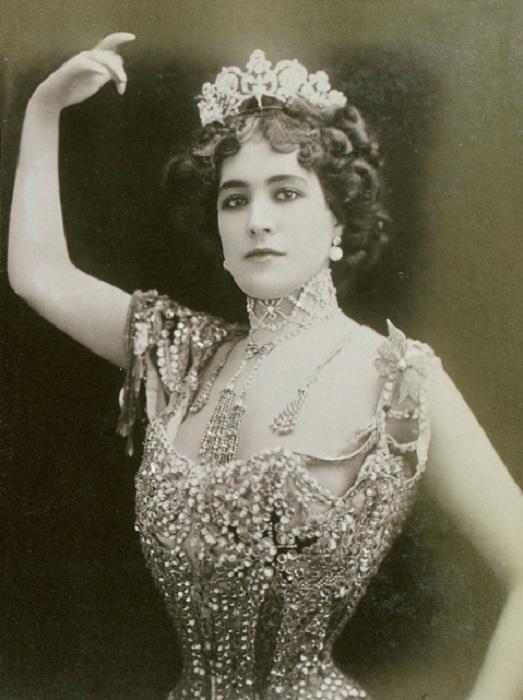 Лола Монтес - танцовщица и авантюристка XIX века, ради которой король отрекся от престола