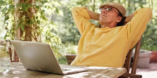 Как пенсионеру найти работу в интернете