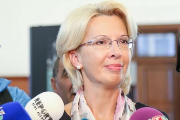 Спикер Сейма Латвии: Упразднить русские школы следовалобы уже давно
