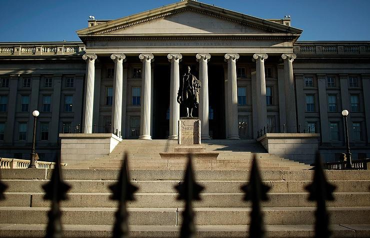 Минфин США не комментирует возможность распространения санкций на суверенный долг РФ