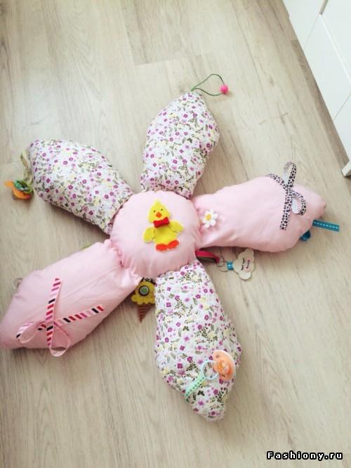 Подушка-развивашка