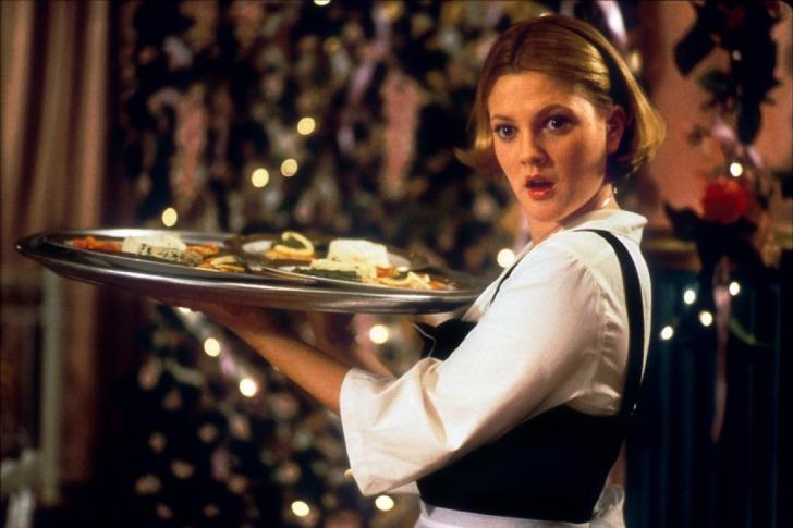 Как посетитель в кафе заставил густо покраснеть никого не стеснявшуюся официантку