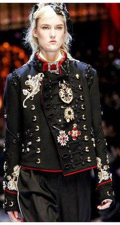 Dolce & Gabbana, осень-зима 2016-2017. Все внимание деталям!