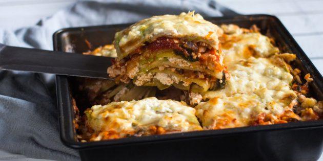 Вкусная и полезная лазанья из кабачков и творога