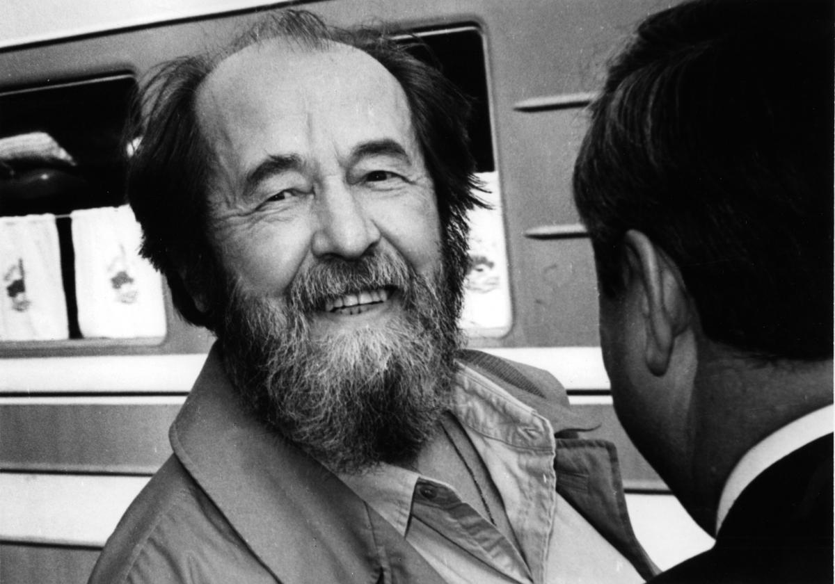 Александр Солженицын: докричаться до России. Из воспоминаний журналиста, сопровождавшего писателя в поездке по Тверской области